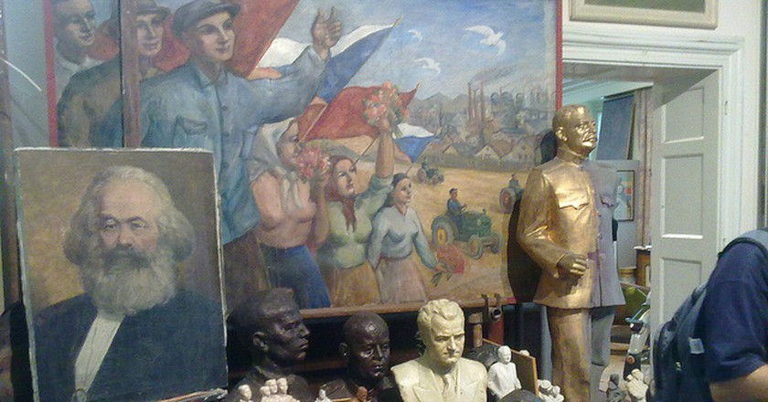 Some of the many statues and busts on display at the Museum of Communism | © Mark Healey / Flickr