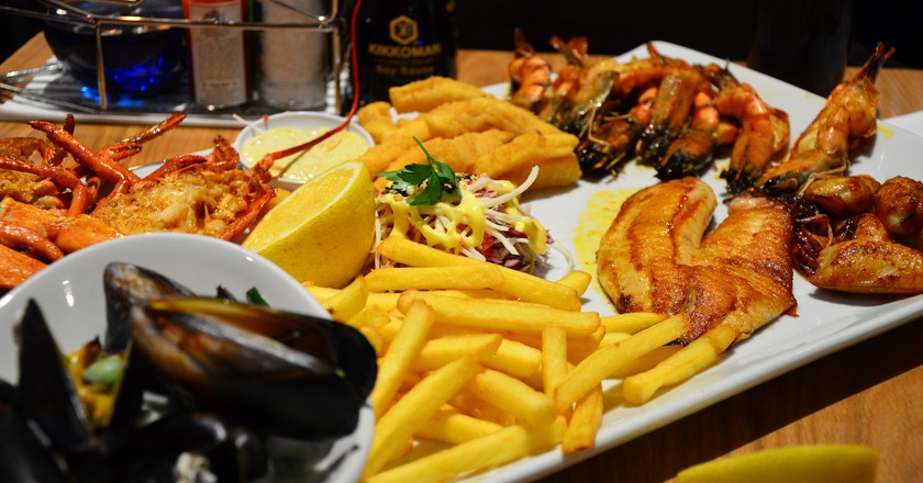 a seafood lover s guide to cape town rh theculturetrip com
