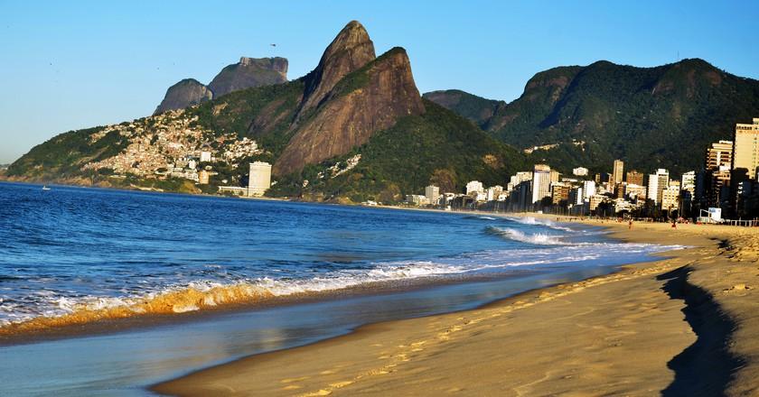 Two Brothers Hill, Rio de Janeiro | © Rodrigo Soldon / Flickr
