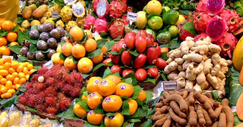 Assortment of Fruits | © yosoynuts/ Flickr