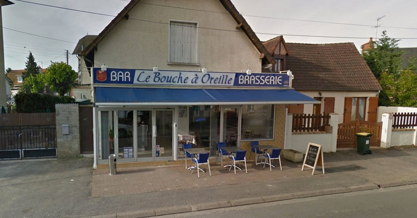 A Google Street View of the 'greasy spoon' Le Bouche à Oreille