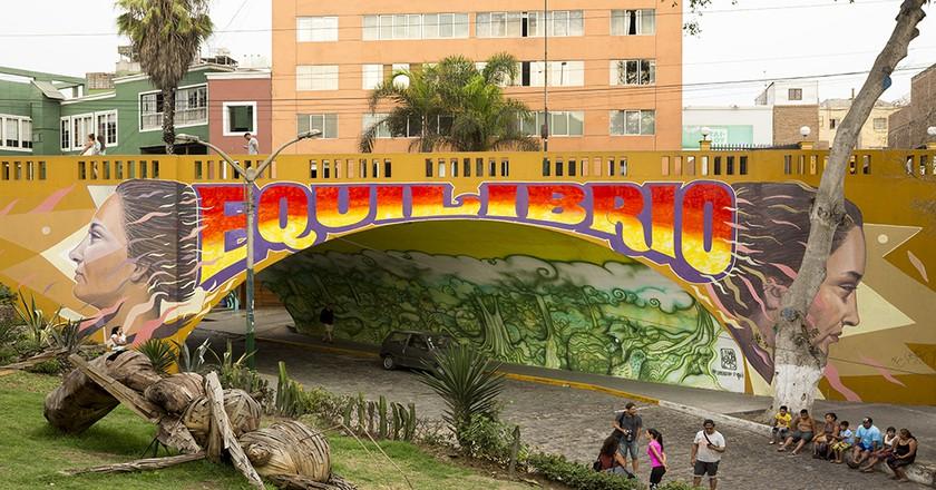 Murals at the start of the Bajada de Baños walkway|©Manuel Orbegozo