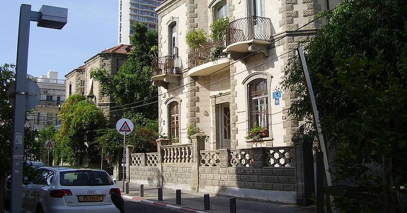Twin houses in Neve Tzedek, Tel Aviv   Dr. Avishai Teicher, Wikipedia