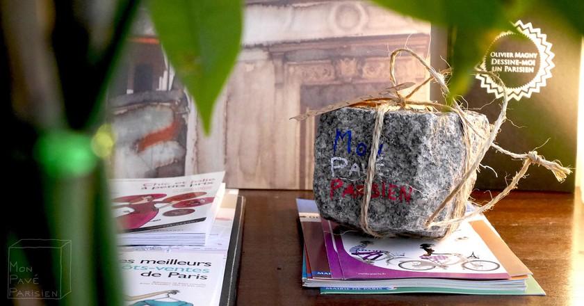 A gifted cobblestone| Courtesy of Mon Pavé Parisien