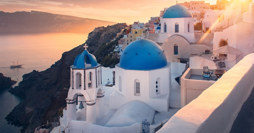 13 Perfect Romantic Hotels in Greece