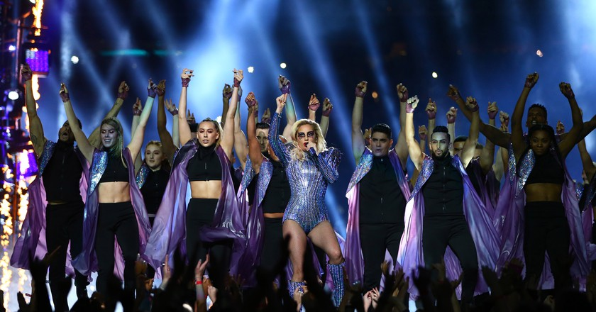 Lady Gaga performs at the Super Bowl LI Halftime show | © ddp USA/REX/Shutterstock