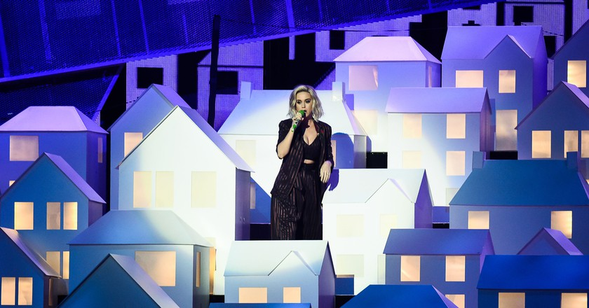 Katy Perry performed her new single | ©REX/Shutterstock