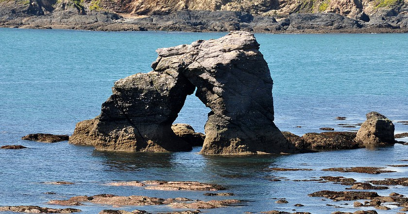 Thurlestone Rock | © Nilfanion / Wikimedia UK