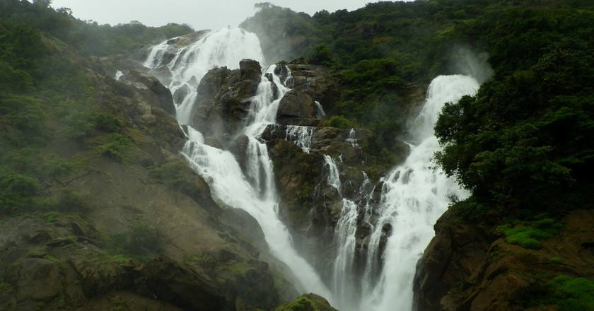 The beautiful Dudhsagar Falls in Goa | © Kumaresh Rajarajan / Flickr