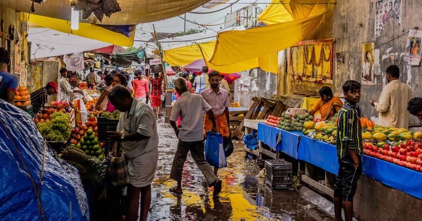 From the streets of Koyambedu Market | © Aravindan Ganesan / Flickr