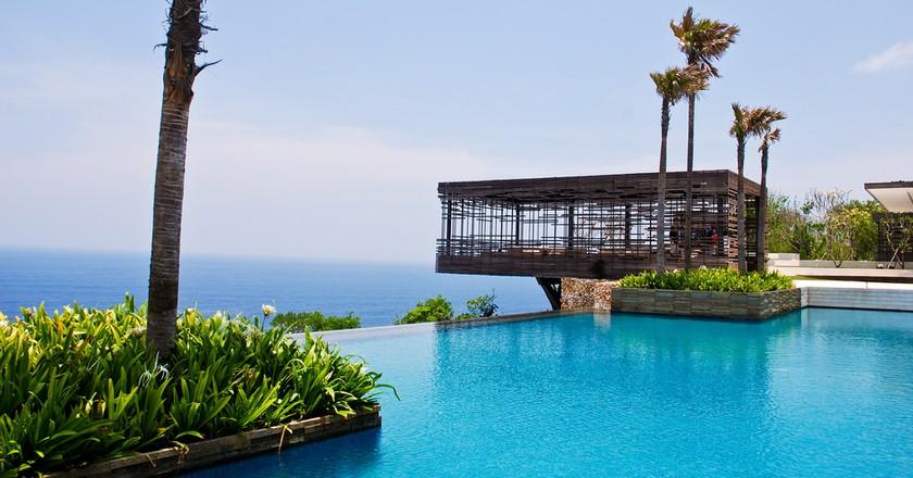 Alila Villas Uluwatu Swimming Pool  © B Clarke/ Flickr
