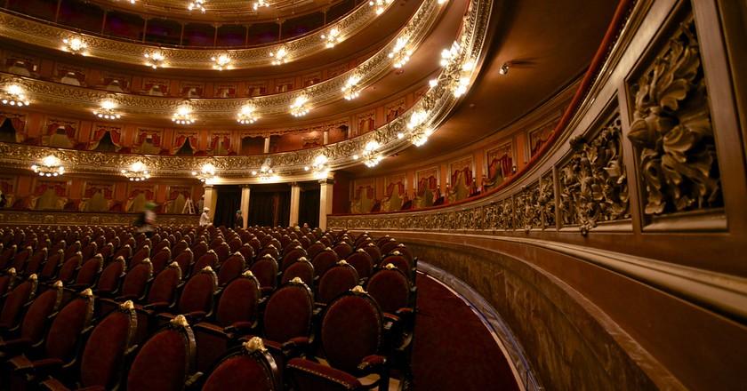Teatro Colon © Roger Schultz/Flickr