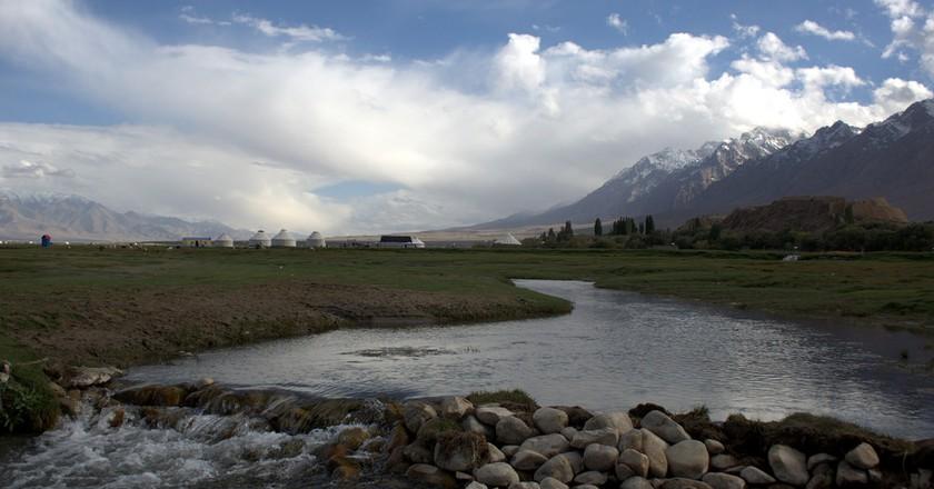 River in Tashkurgan Meadow | © Preston Rhea/Flickr