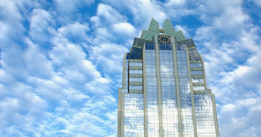 Frost Bank Tower   © Kumar Appaiah / Flickr