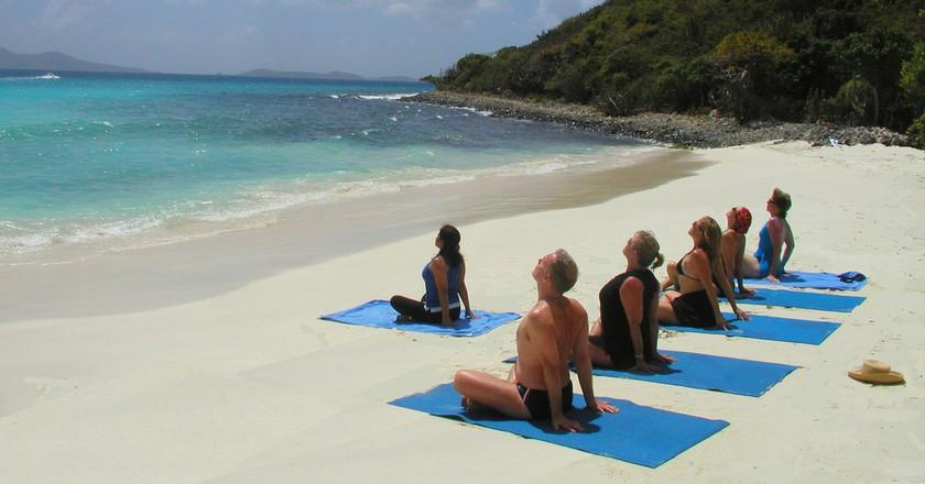 Yoga on the beach   © Katja Hasselkus / Flickr