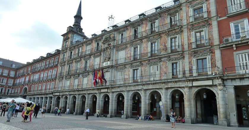 Here's a list of things to do in and around the Plaza Mayor    © Lori Zaino