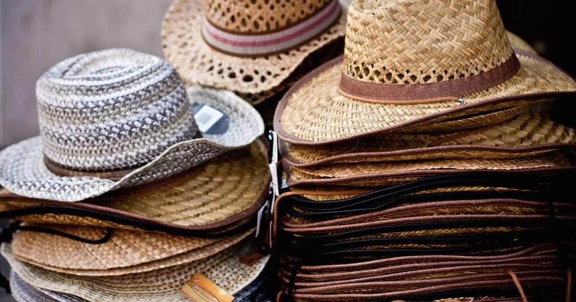 Straw Cowboy Hats © Garry Knight/Flickr