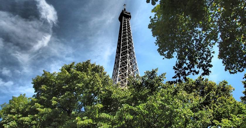 Eiffel Tower │© ahundt / Pixabay