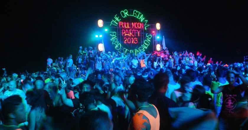 The Full Moon Party | Wikimedia Commons