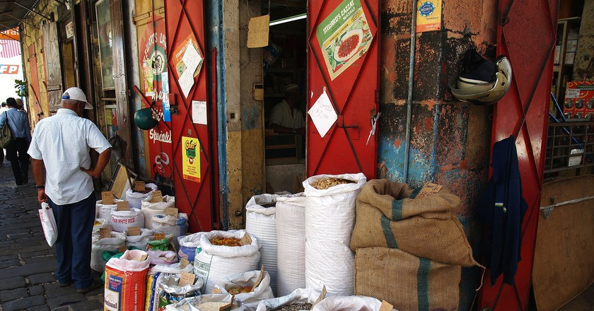 Spices and Herbs Shop|© EuniceR/Pixabay
