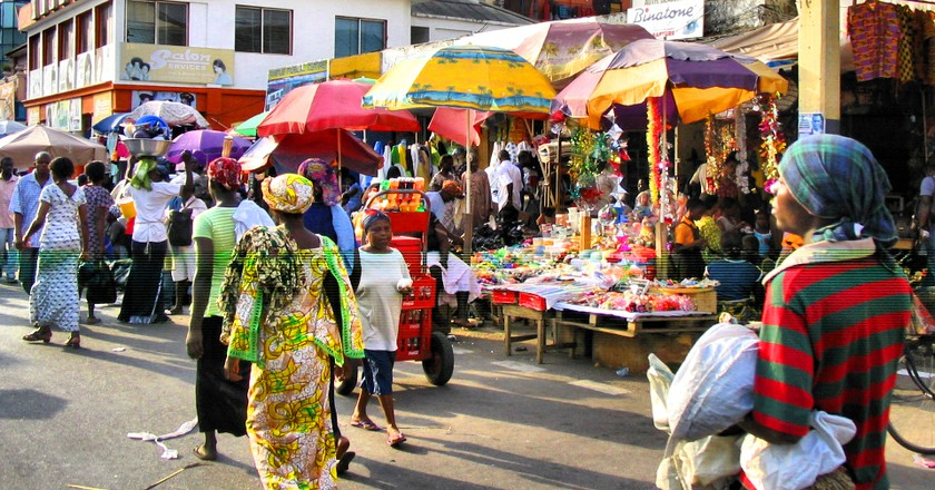 Busy day at a market in Accra | © Francisco Anzola /Flickr