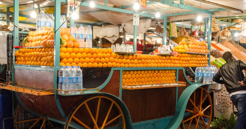 Orange juice vendor in Marrakesh | © xiquinhosilva / Flickr