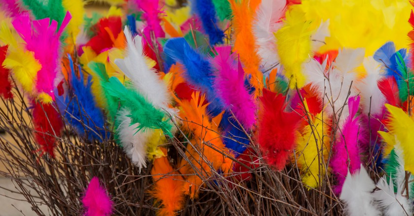 Swedish Easter feathers | © Susanne Nilsson / Flickr