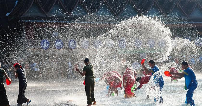 Water splashing  ©三色人/Wikimedia Commons