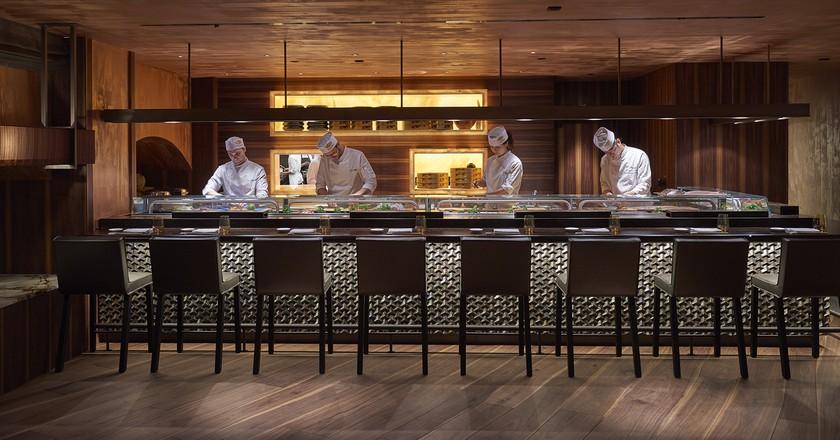 The sushi bar © Mandarin Oriental