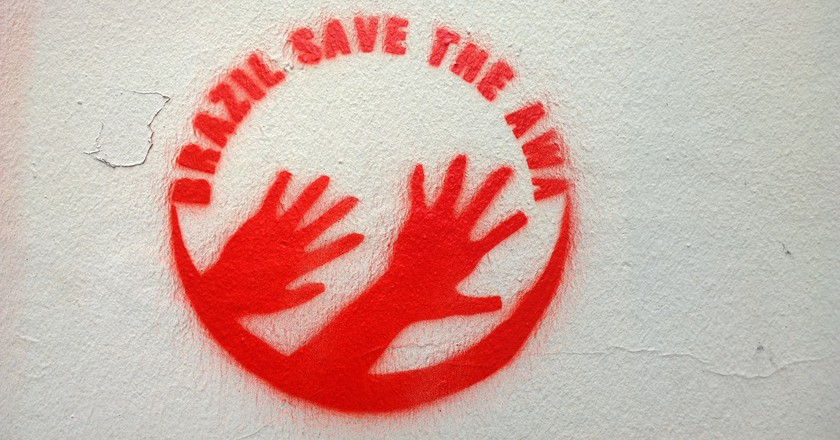 Save the Awá graffiti | © Denis Bocquet/Flickr
