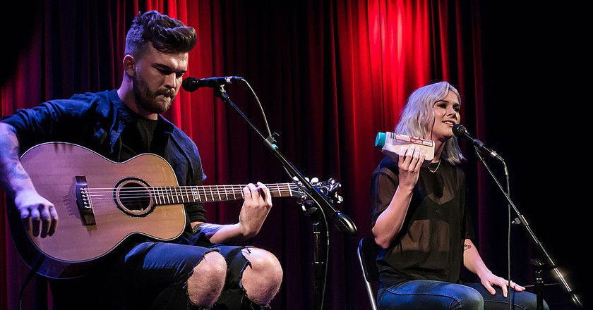 Broods at the Grammy Museum   © Justin Higuchi/Wikimedia Commons