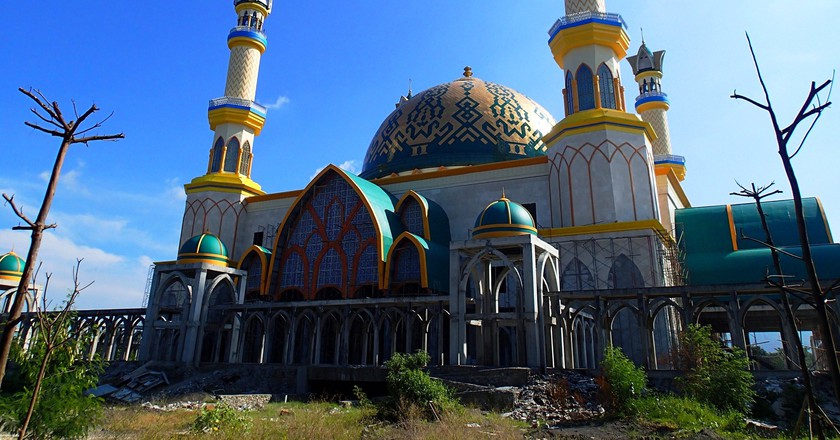 Mosque in Lombok, Indonesia| ©SarahTz / Flickr