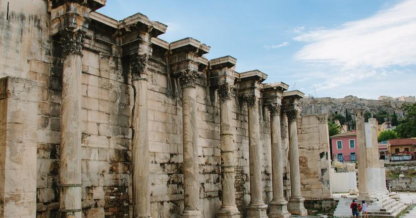 Ancient temple's façade in central Athens | © mariadelajuana / Flickr