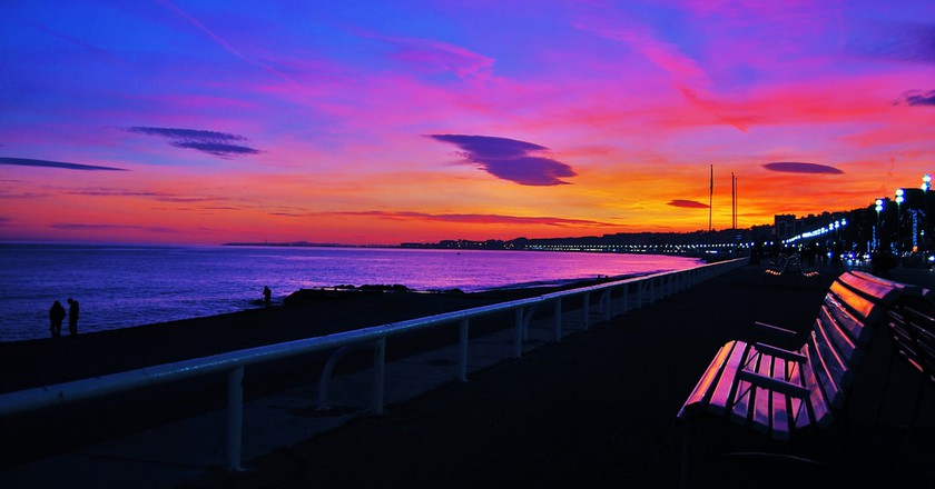 The Promenade des Anglais is one of the the most well known and iconic places in France | © iggyshoot/Flickr