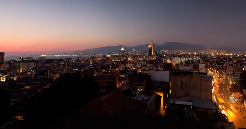 Izmir City Night   © Marcel Oosterwijk / Flickr