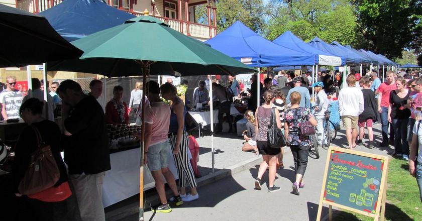 Christchurch Farmers Market | © Miles Continental/Flickr
