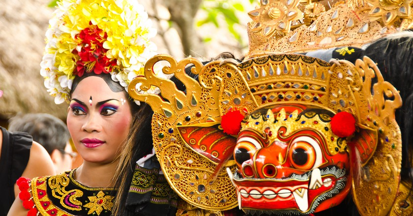 Balinese dance performers | © Shan Ambrose / Flickr