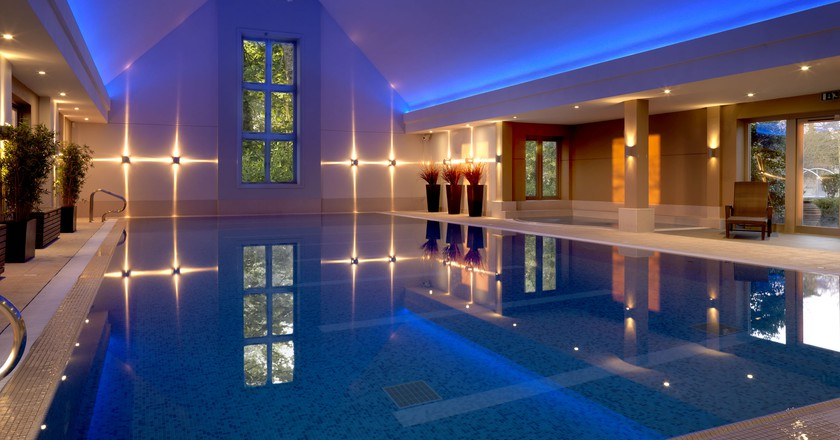 Swimming pool | Courtesy of Calcot Spa