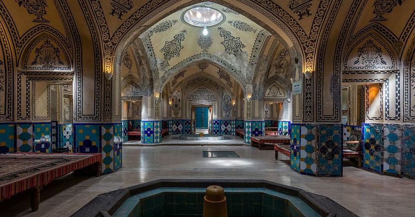 Sultan Amir Ahmad Bathhouse is among the most beautiful in Iran | © Diego Delso / Wikimedia Commons
