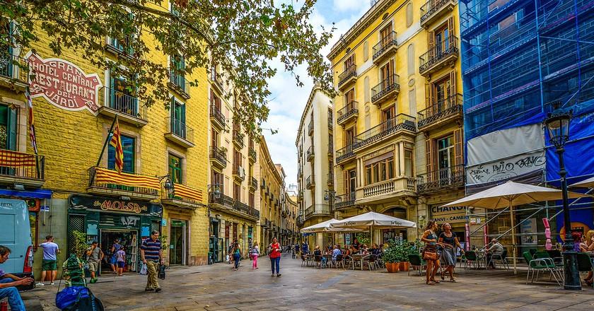 "<a href=""https://pixabay.com/en/barcelona-street-spain-morning-1912717/"">© Pixabay</a>"