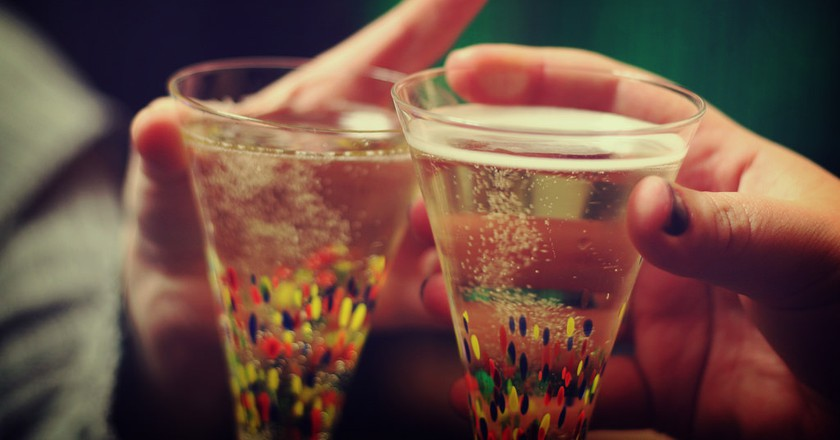 Cheers!|©Ginny/Flickr