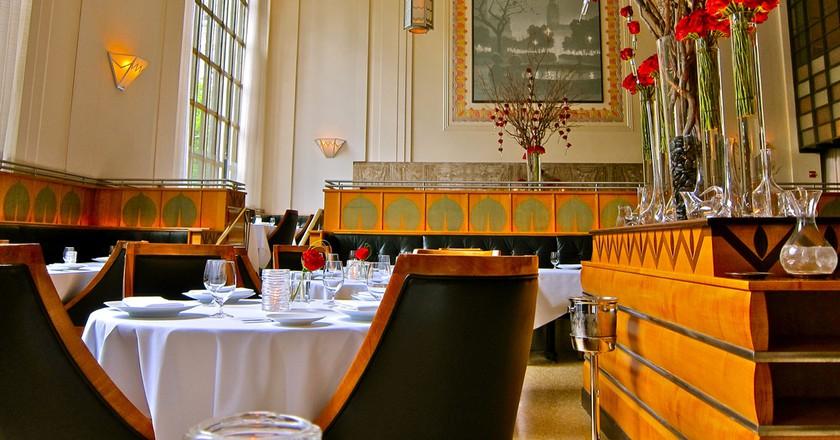 The dining room at Eleven Madison Park | © djjewelz / Flickr