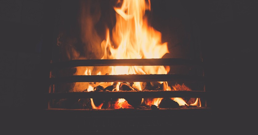 Roaring Fires | © Unsplash / Pixabay