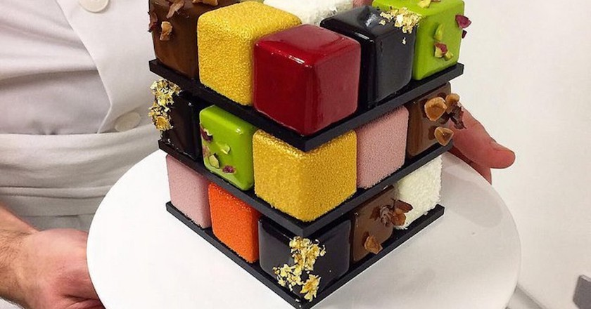 You Can Now Get A Rubik's Cube Cake in Paris, and it's Amazing