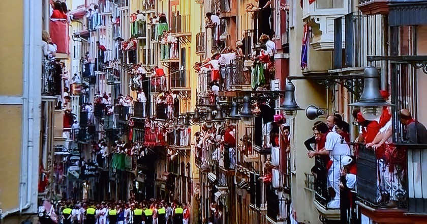 Balconies during San Fermin, Pamplona | © Marcela Escandell / Flickr