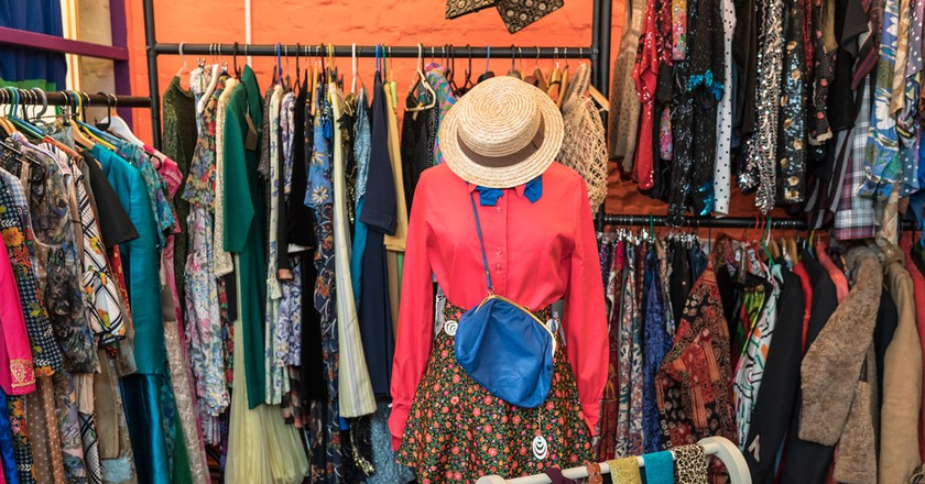 Vintage clothing | Marbury/Shutterstock