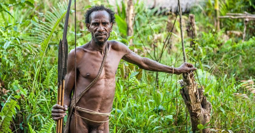 A man from Papua New Guinea's Korowai Tribe ©Sergey Uryadnikov / Shutterstock
