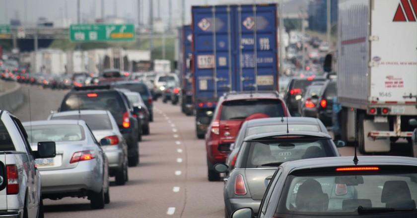 Traffic on the 401, Toronto  | © Danielle Scott / Flickr