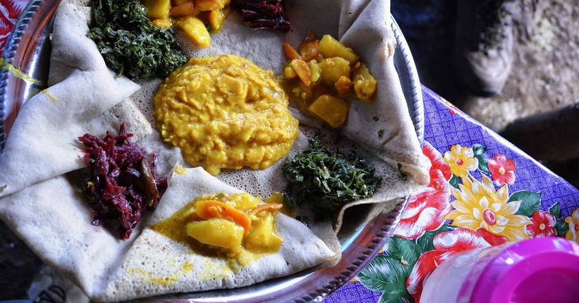 Ethiopian cuisine | © Rod Waddington / Flickr