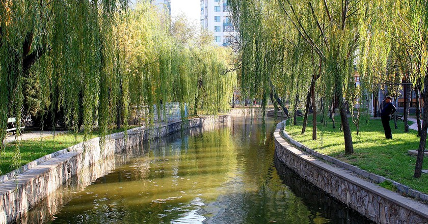 """<a href""""https://www.flickr.com/photos/gillpenney/2186669019"""">Tianjin People's Park 